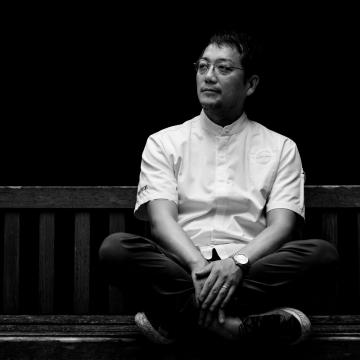 45 Yoji Tokuyoshi